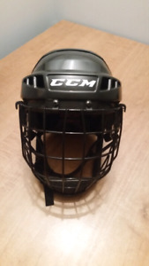 CCM 06 S gel padded ice hockey helmet
