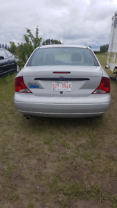 2002 FORD FOCUS. ECONOMICAL, RELIABLE AND FUEL EFFICIENT.