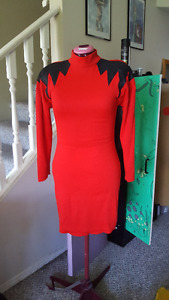 Stretchy Red dress with sleeves