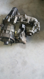 Transfer case out of 2004 Avalanche in very good condition