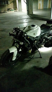 parting out 2009 GSXR 750