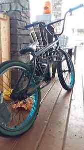 Kink whip BMX