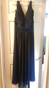 Navy blue Bridal dress - size 26 used once