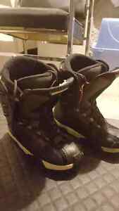Snowboard boots for sale.  Rossignol men's size 10.