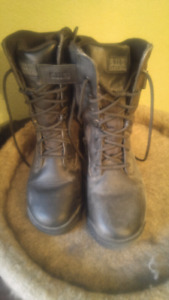 Ladiex 5.11 tactical boots