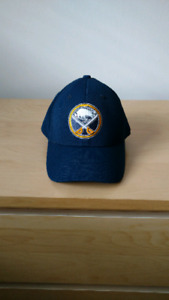 Buffalo Sabres Reebok flex fit hat