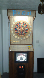 COIN OPERATED DART BOARD MAN CAVE ARCDADE