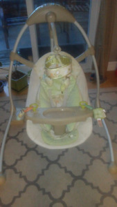 InGenuity by Bright Starts Cradle and Sway Swing Bella Vista