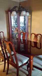 Cherry Wood Dining Table Set w/ 6 Chairs & CABINET Curio Display