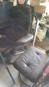 Chair and attamon for sale Cambridge Kitchener Area image 1