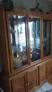 Dining table and hutch, 6 chairs Cambridge Kitchener Area image 1
