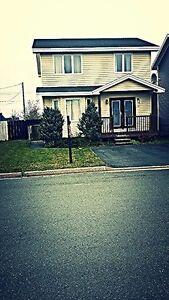 2-Apartment 12 LOCKHEED ST MLS® #:1122591