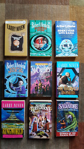 9  books DEL REY fantasy and science fiction.