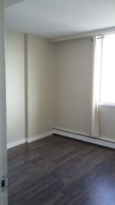 2 bed all included downtown highrise Edmonton Edmonton Area image 3