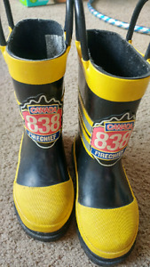 Toddler size 5 rubber boots