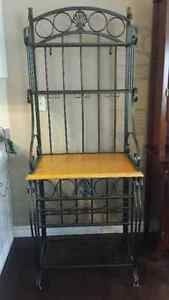 Beautiful Freestanding Bar Stand/Wine Rack Excellent Condition Cambridge Kitchener Area image 1