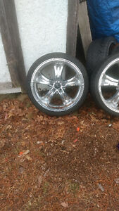2013 Hyundai Genesis Tires and Rims