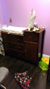 3in1 Crib and dresser