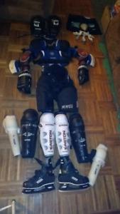 Équipements de hockey pour senior au complet