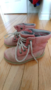 Girls size 9.5 Timberlands