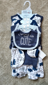 Baby boy gift set 10pcs 0-3 months 3-6 months