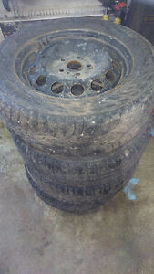 Set of 4 winter Wheels with winter tires 215  60 16