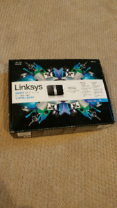 LINKSYS EA4500 N900 DUAL-BAND SMART WI-FI ROUTER