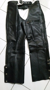 Lady' s black ROADKROME leather chaps.