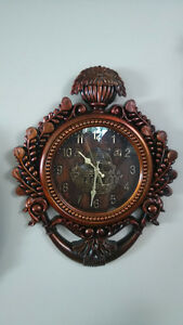 beautifful clock design  for sale  new London Ontario image 2
