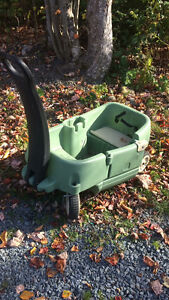 Double seater Wagon with storage