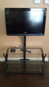 """Sony LCD TV 32"""" plus TV stand"""