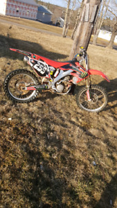 CRF250R with papers