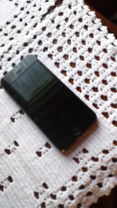 iPhone 5 16G UNLOCKED, excellent condition!