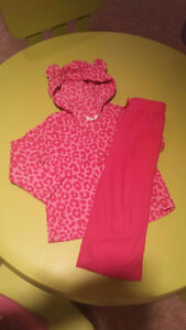 The Children's Place size 3 fleece shirt with pants