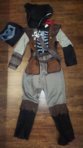 Pirate costume for boy for 7-9 years old