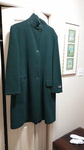 Like New London Fog Cashmere Wool Full Length Ladies Coat