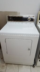 Maytag Dryer / Secheuse Maytag West Island Greater Montréal image 1