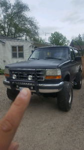 1996 Ford Bronco Xlt SUV, Crossover