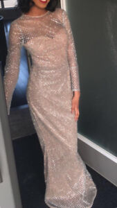 Selling sparkly/glitter dress