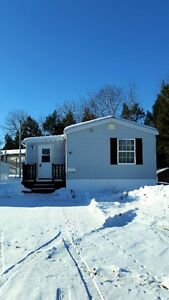 AWESOME DEAL FOR A 3 BEDROOM MINI NEWLY PAINTED IN NEW MINAS