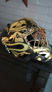 Gold and skull goalie healmat for sale in Renfrew