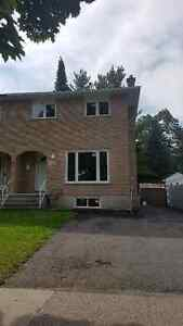 Newly Renovated Semi, 741 Grouse Cr