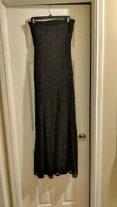 Formal long black dress from Le Chateau size small