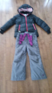 Winter coat and snow pants for girl age 6 to 7 West Island Greater Montréal image 1