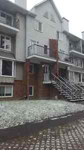 *Winter Special $975* - 2 Bedroom in Hull
