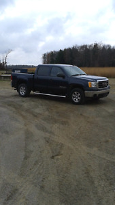 I have a right side had light for sale for a 2007 GMC  Sierra