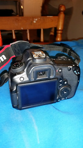 PRICE DROP* canon eos 60d trade for gaming laptop or 650 obo