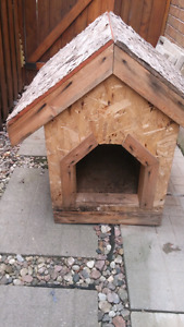 Dog House - Solid Wood