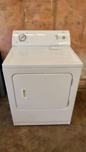 ENERGY Efficient HEAVY Duty WHIRLPOOL Dryer... LIKE NEW!