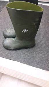 Size 11 steel toe boots